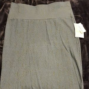 NWT Medium LulaRoe Cassie Skirt-Gray w/gold